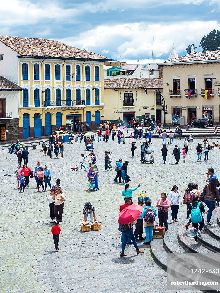 Plaza San Francisco, Quito, Ecuador, South America