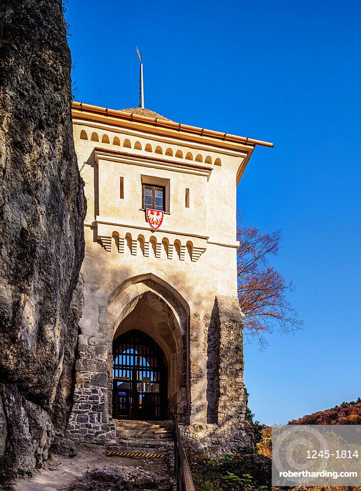 Ojcow Castle,Trail of the Eagles' Nests, Krakow-Czestochowa Upland or Polish Jura, Lesser Poland Voivodeship, Poland