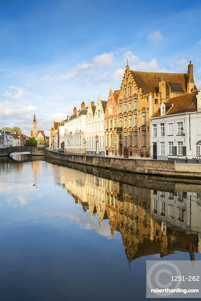 Houses reflected in the Langerei canal, Bruges, West Flanders province, Flemish region, Belgium, Europe