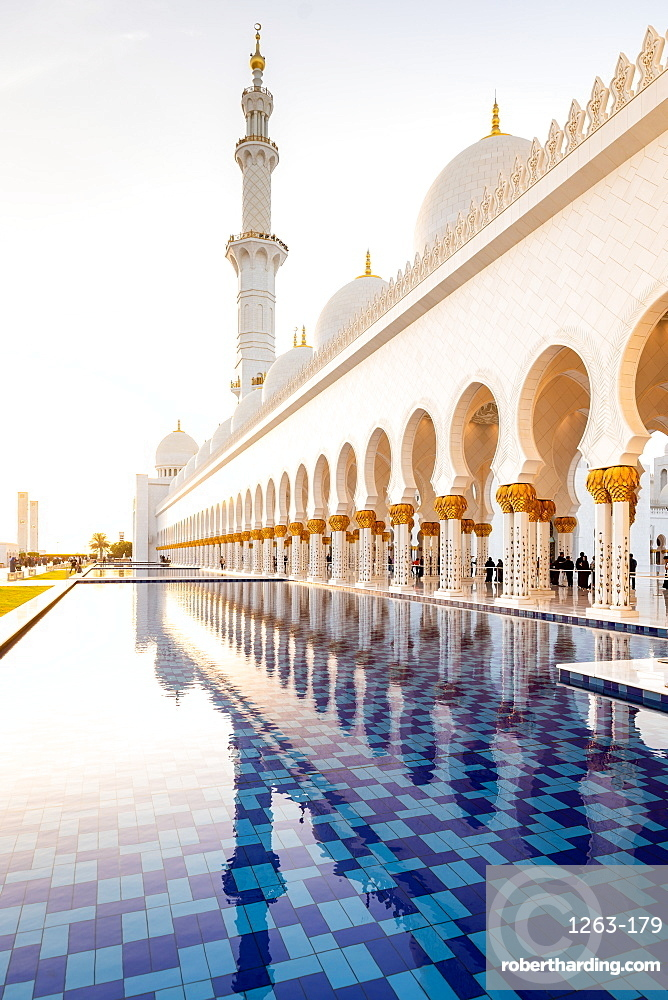 Reflections in the pools at Abu Dhabi's magnificent Grand Mosque, Abu Dhabi, United Arab Emirates, Middle East