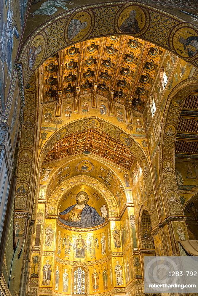 Interior of Monreale Cathedral, UNESCO World Heritage Site, Monreale, Palermo, Sicily, Italy, Europe