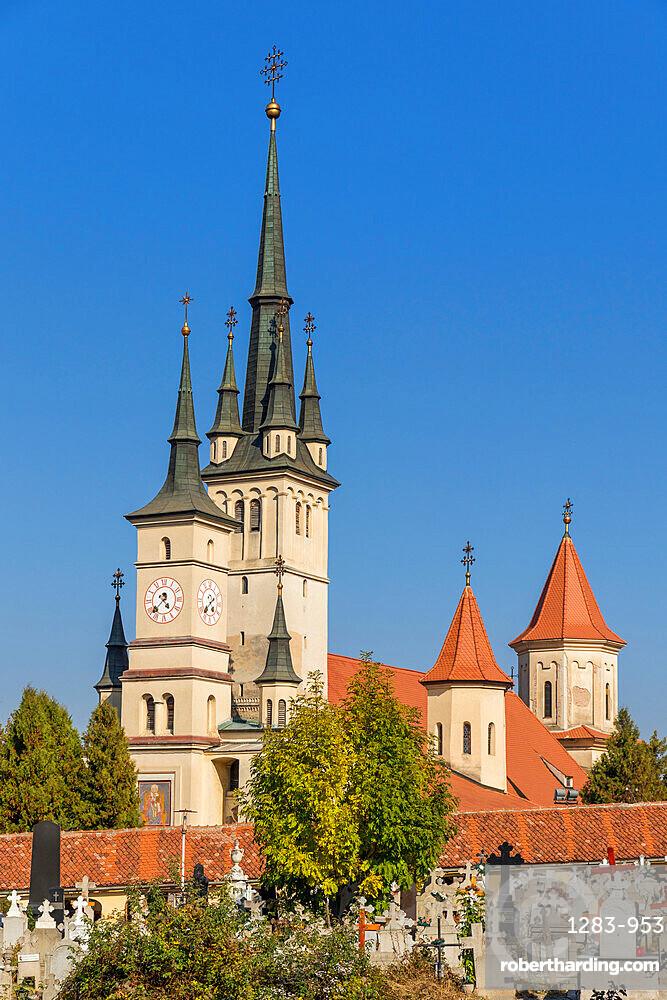 St. Nicholas Church at Piata Unirii (Union Square), Brasov, Transylvania Region, Romania, Europe