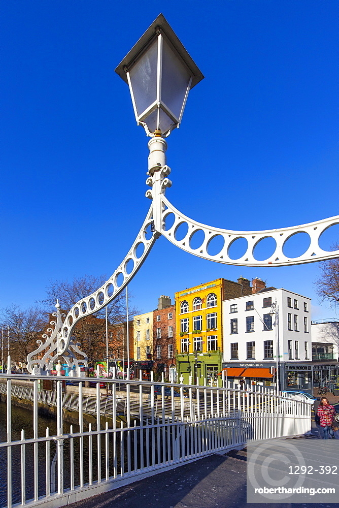 The Liffey Bridge (Ha'Penny Bridge), Dublin, Republic of Ireland, Europe