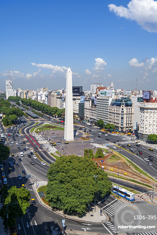 The Obelisco on 9 de Julio Avenue, Buenos Aires, Argentina, South America