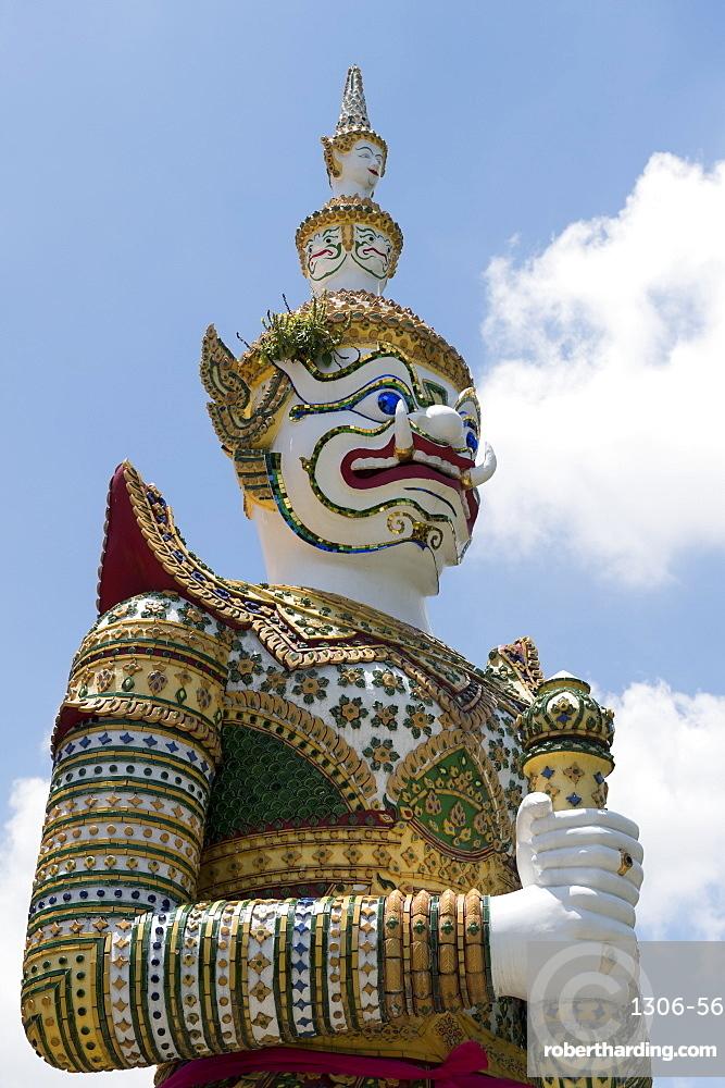 Detail of demon figure, Wat Arun (Temple of Dawn), Bangkok, Thailand, Southeast Asia, Asia