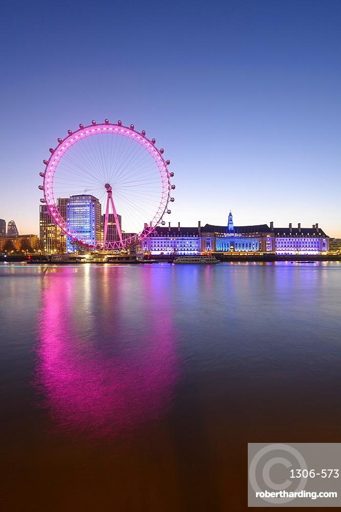 Millennium Wheel (London Eye), Old County Hall, London Aquarium, River Thames, South Bank, London, England, United Kingdom, Europe