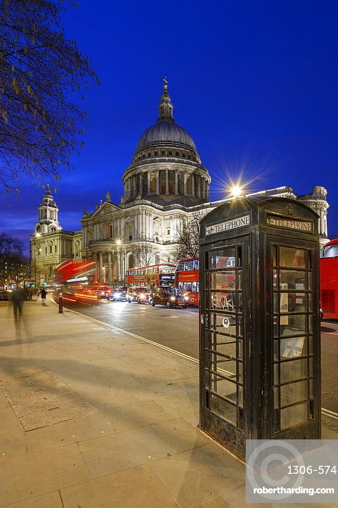 St. Paul's Cathedral at dusk, London, England, United Kingdom, Europe