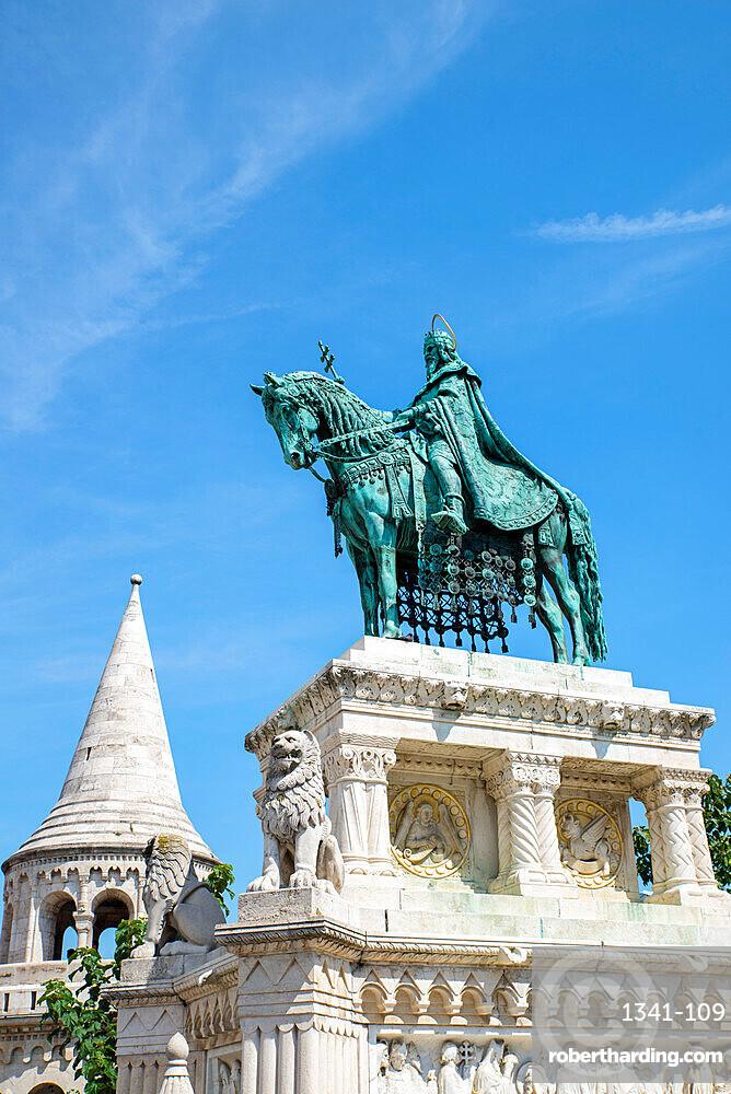 King Saint Stephen statue, Budapest, Hungary, Europe