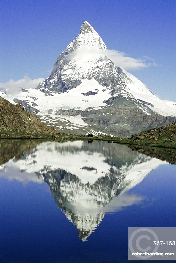 The Matterhorn mountain, Valais (Wallis), Swiss Alps, Switzerland, Europe