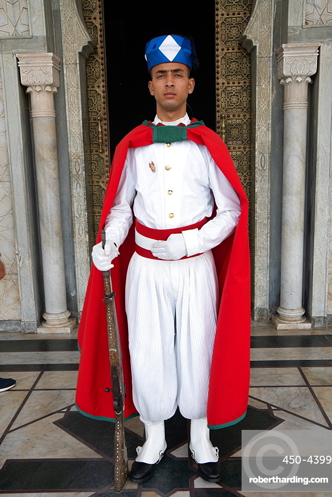 Soldier standing guard in traditional dress, Mausoleum of Mohamed V, Rabat, Morocco, North Africa, Africa