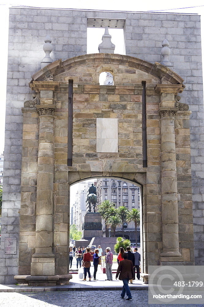 The old gate to the Citadel, looking from the Citadel to Plaza Independencia, Montevideo, Uruguay, South America