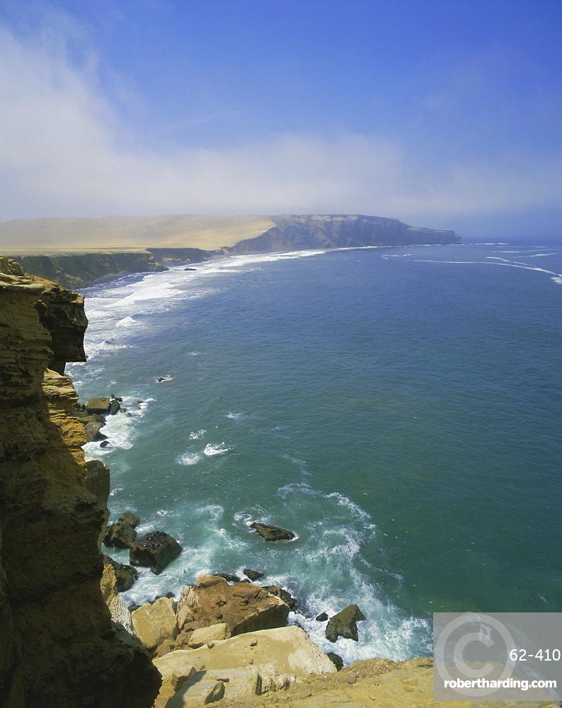 Pacific ocean on the south coast, Paracas, Peru, South America