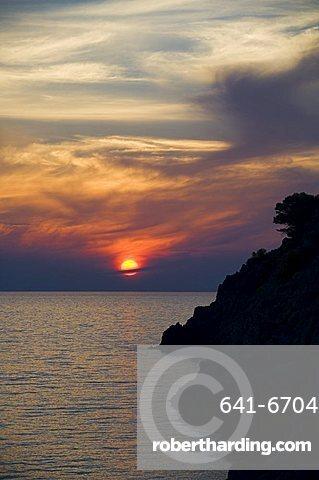 Sunset, Assos, Kefalonia (Cephalonia), Ionian Islands, Greece, Europe