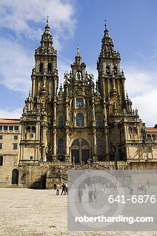 Santiago Cathedral on the Plaza do Obradoiro, UNESCO World Heritage Site, Santiago de Compostela, Galicia, Spain, Europe