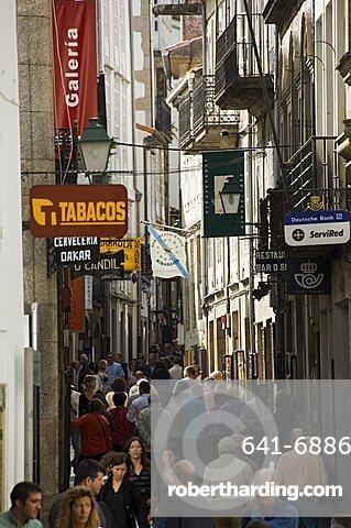Rua Do Franco, a street famous for its restaurants, Santiago de Compostela, Galicia, Spain, Europe