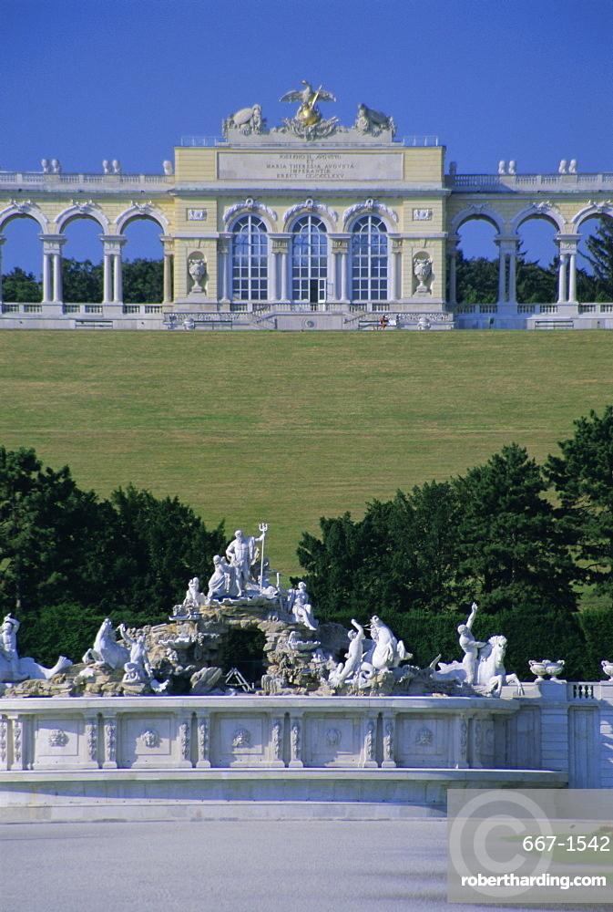 Gloriette and Neptune fountain, Schonbrunn gardens, UNESCO World Heritage Site, Vienna, Austria, Europe