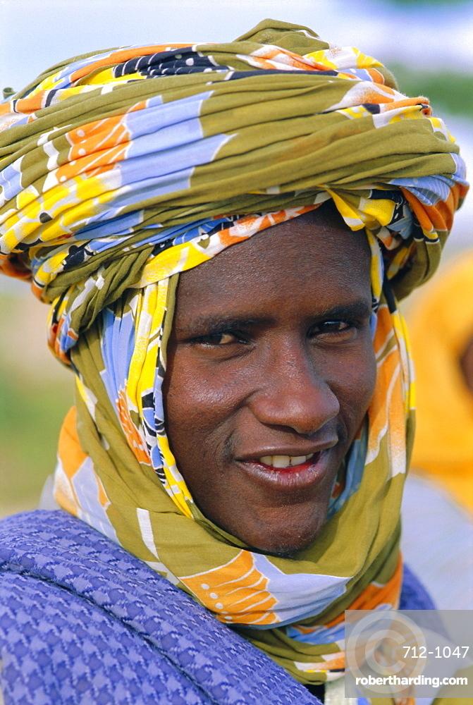 Peul tribe man, Sofara, Mali, Africa