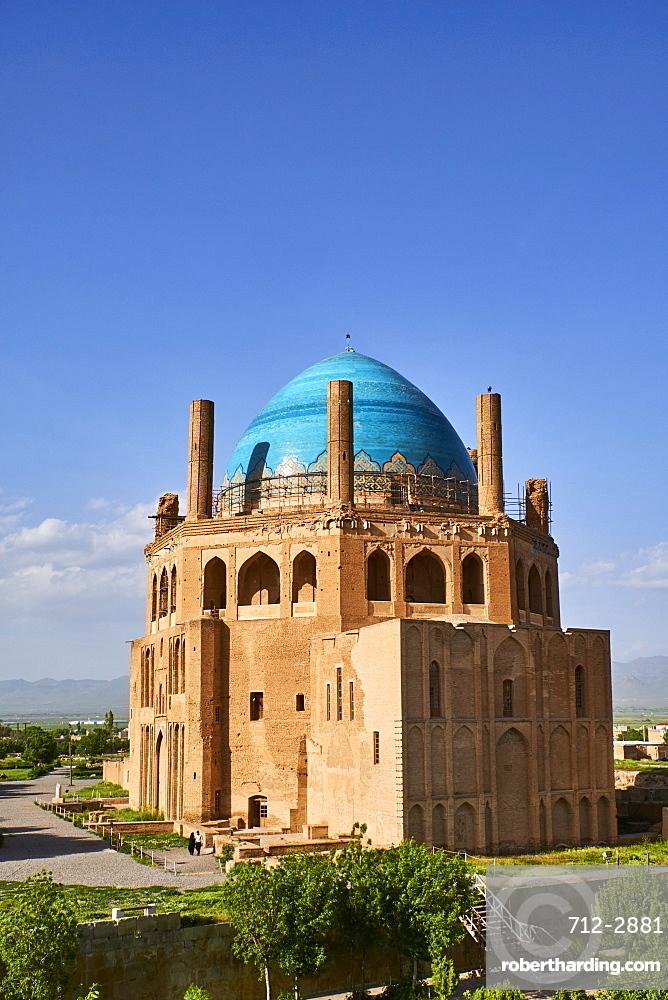 Oljeitu Mausoleum, the Mongolian Sultan of Ilkhanid Mongol era, Soltaniyeh, Zanjan Province, Iran, Middle East