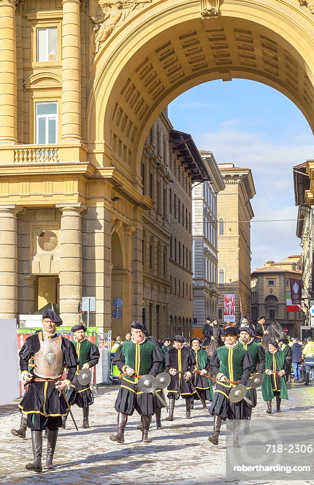 Participants in the Explosion of the Cart (Scoppio del Carro) festival marching through Florence in historical costumes, Florence, Tuscany, Italy, Europe