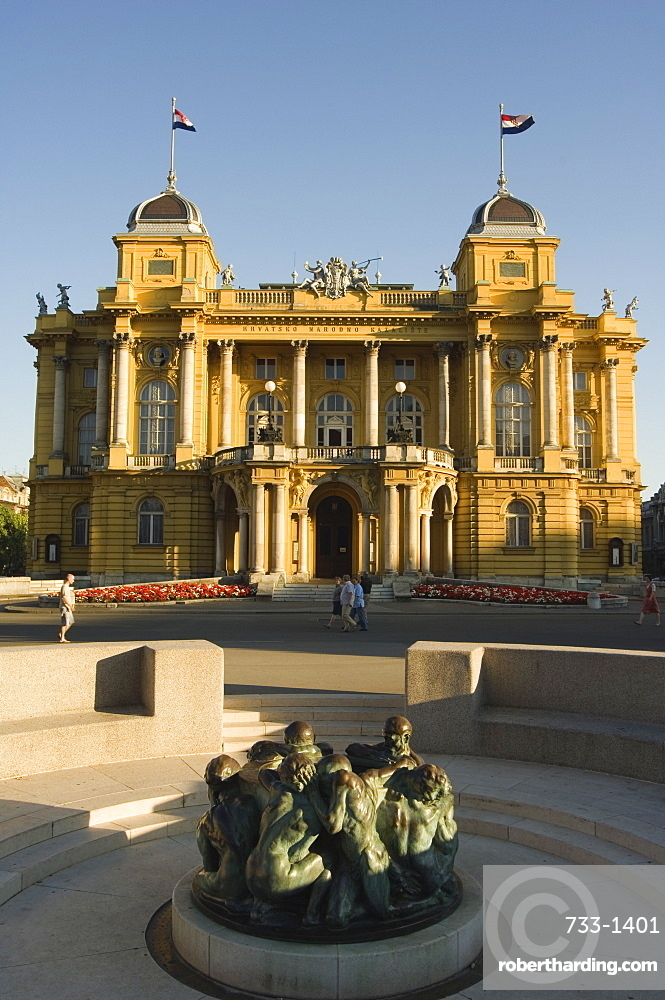 Croatian National Theatre, neo-baroque architecture dating from 1895, and Ivan Mestrovic's sculpture Fountain of Life from 1905, Zagreb, Croatia, Europe