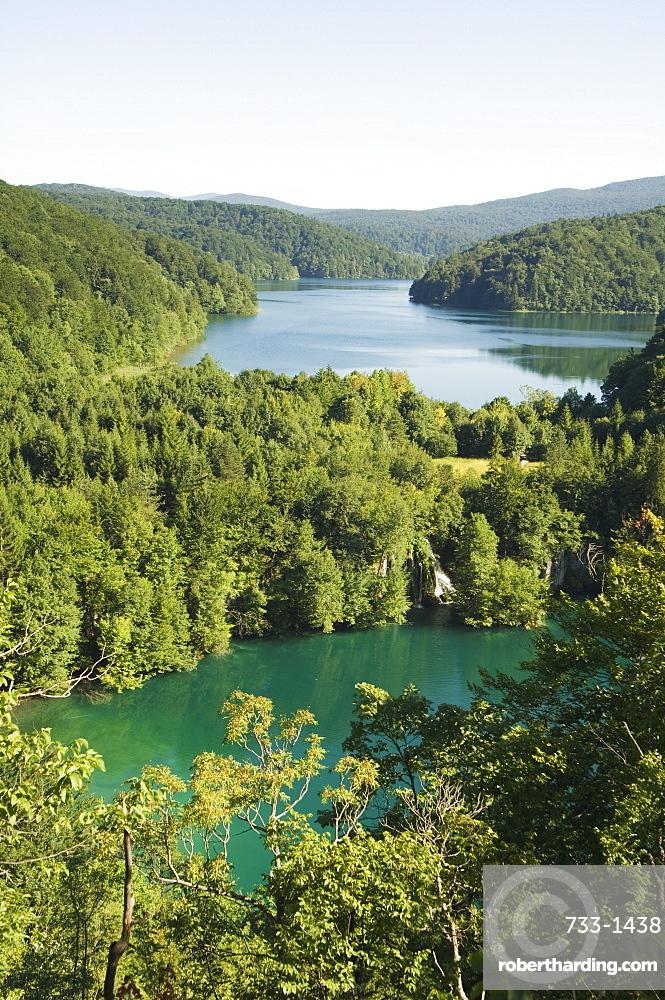 Turquoise Lakes, Plitvice Lakes National Park, UNESCO World Heritage Site, Croatia, Europe