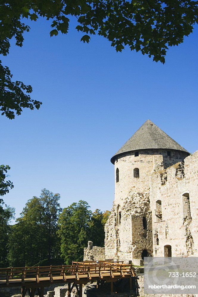 The ruins of Cesis castle, residence of the Master of Livonian Order in 1237, medieval town within Gauja National Park, Cesis, Latvia, Baltic States, Europe