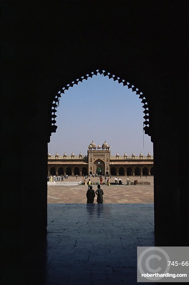 Arched doorway, Fatehpur Sikri, UNESCO World Heritage Site, Uttar Pradesh state, India, Asia