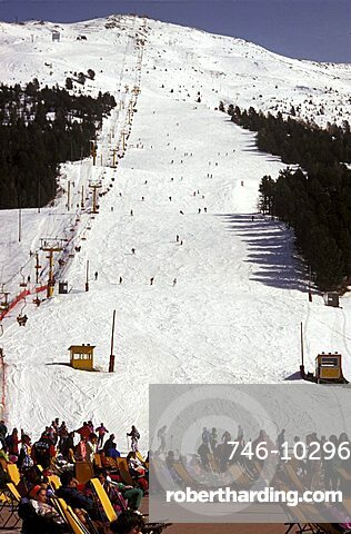 Bormio 2000 ski run, Bormio, Lombardy, Italy