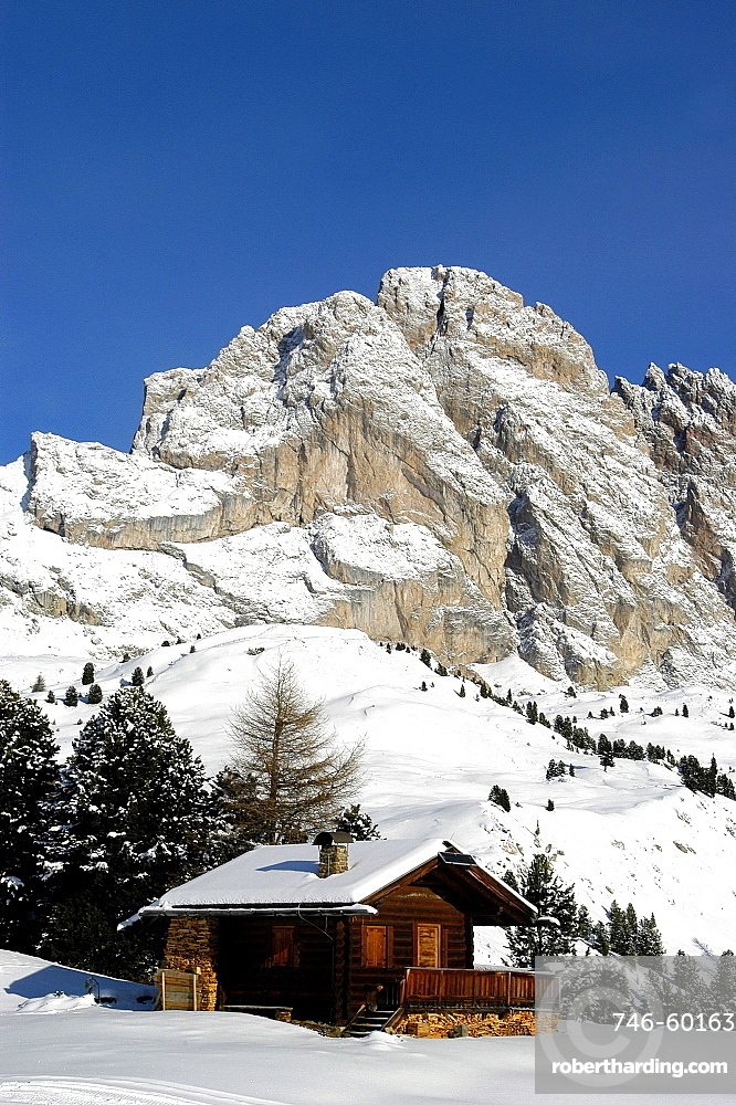 Mountain hut and Odle group from Col Raiser, Gardena Valley, Puez Odle park, Alto Adige, Italy