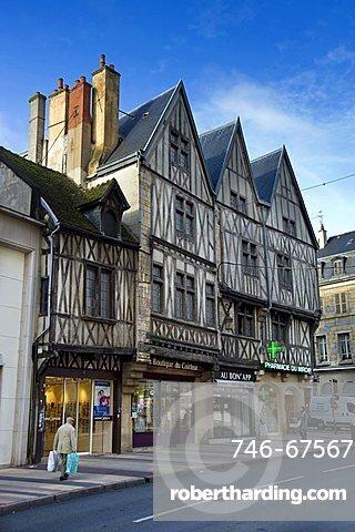 Half-timbered house, Dijon, Bourgogne, France, Europe