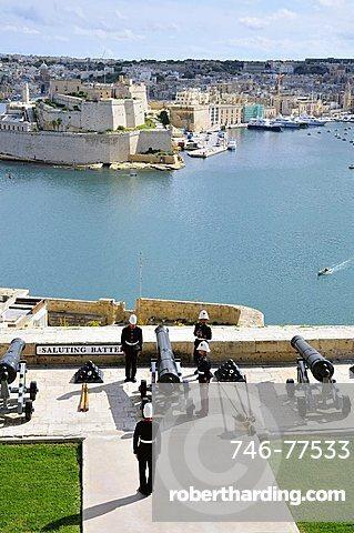 Saluting battery, Valletta, Malta, Europe
