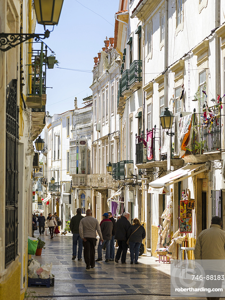 The busy pedestrian area. Elvas in the Alentejo close to the spanish border. Elvas is listed as UNESCO world heritage. Europe, Southern Europe, Portugal, March