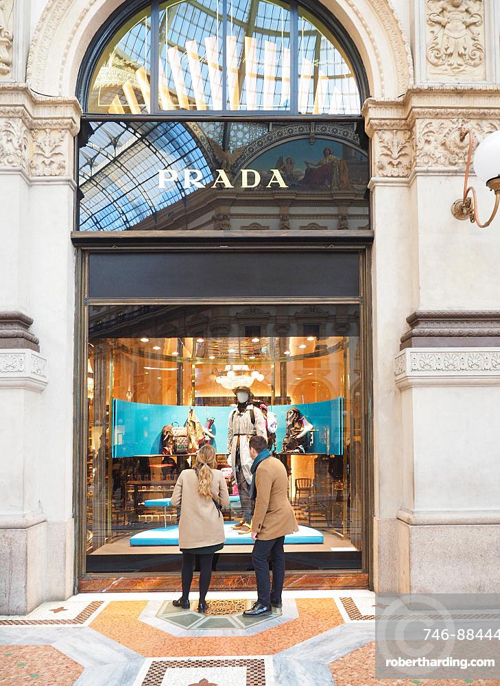 Prada fashion store, Galleria Vittorio Emanuele II gallery, Piazza del Duomo square, Milan, Lombardy, Italy, Europe