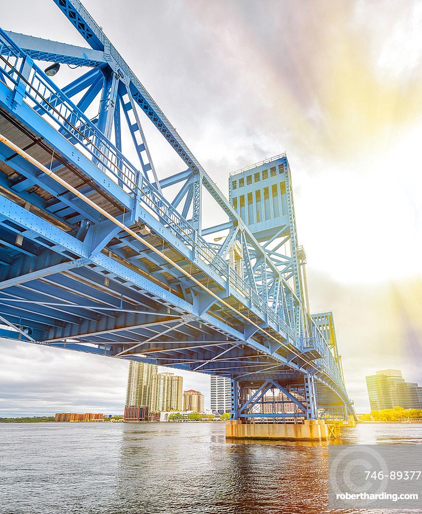 John T. Alsop Jr. Bridge in Jacksonville, FL. It is a bridge crossing the St. Johns River .