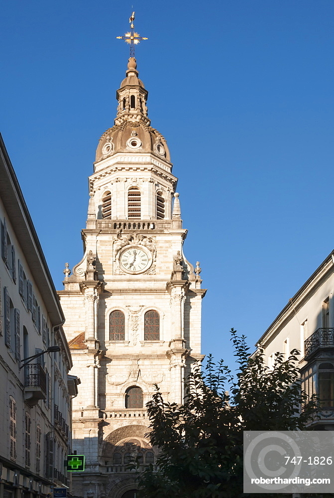 Co-Cathedrale Notre Dame de Bourg-en Bresse, Ain, France, Europe