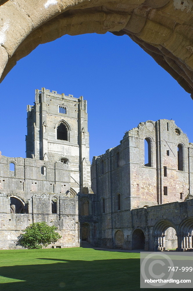 The 12th century Fountains Abbey, UNESCO World Heritage Site, near Ripon, North Yorkshire, England, United Kingdom, Europe