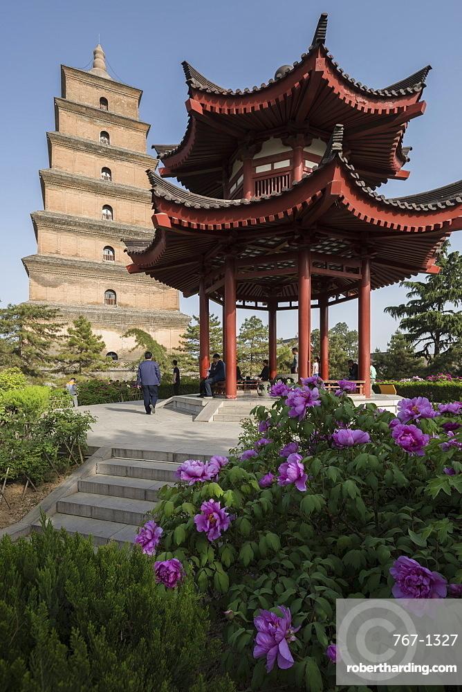Giant Wild Goose Pagoda (Big Wild Goose Pagoda), Xi'an, Shaanxi Province, China, Asia