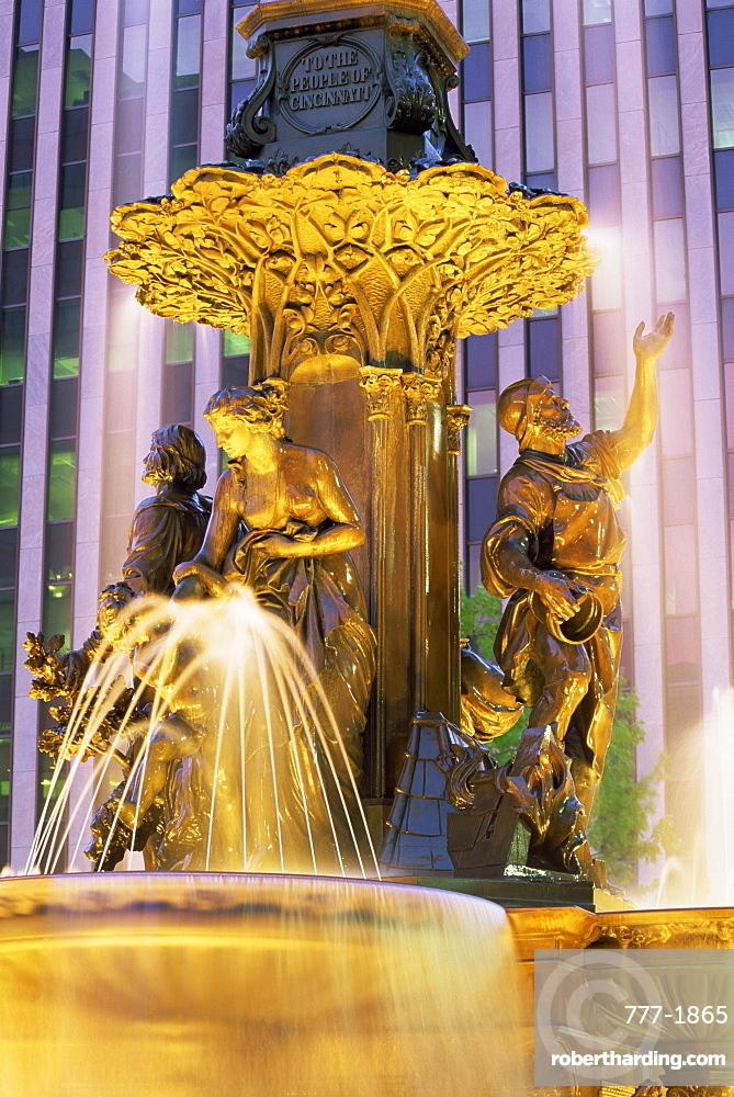 Tyler Davidson fountain, Fountain Square, Cincinnati, Ohio, United States of America, North America