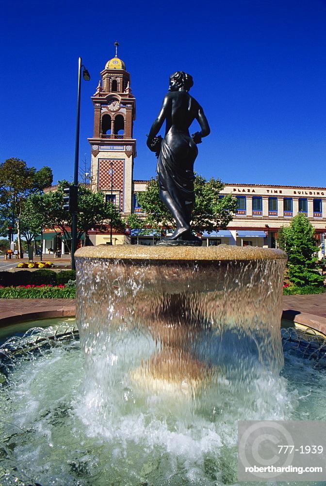 Pomona fountain, Country Club district, Kansas City, Missouri, United States of America, North America