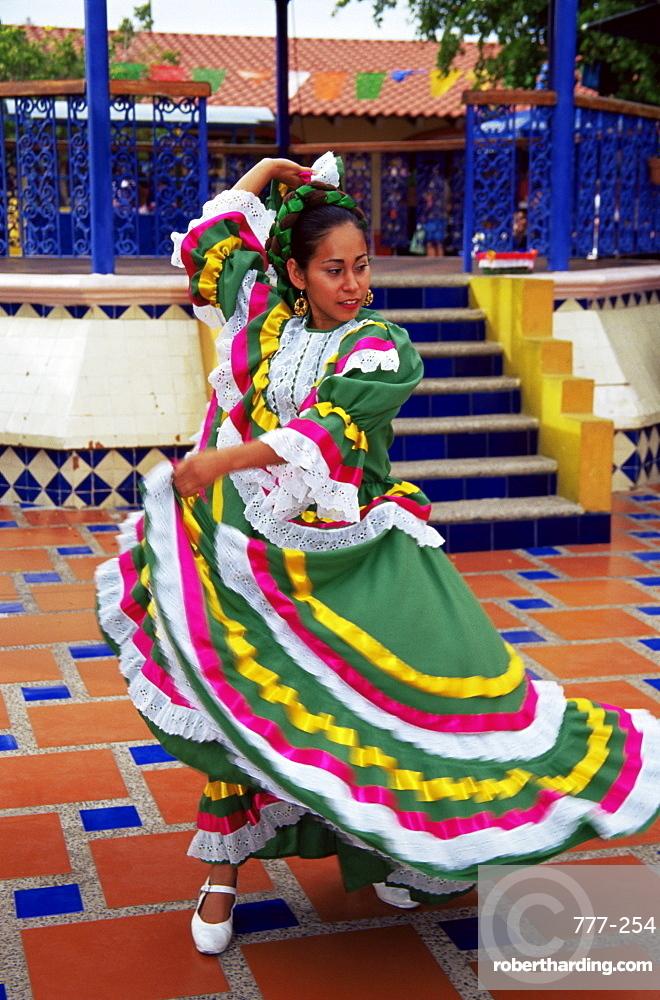 Dancer, Old Town, Mazatlan, Sinaloa state, Mexico, North America