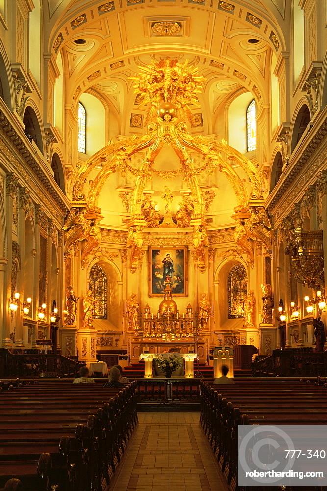 Interior of the Basilica de Notre Dame, Quebec City, Quebec state, Canada, North America