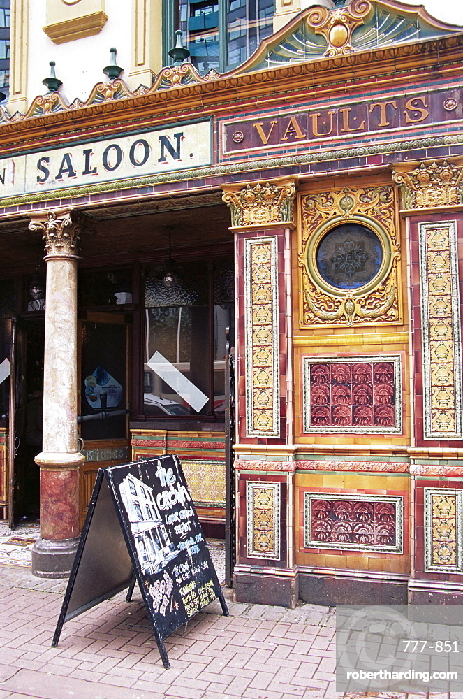 Historic Crown Saloon, City of Belfast, Ulster, Northern Ireland, United Kingdom, Europe