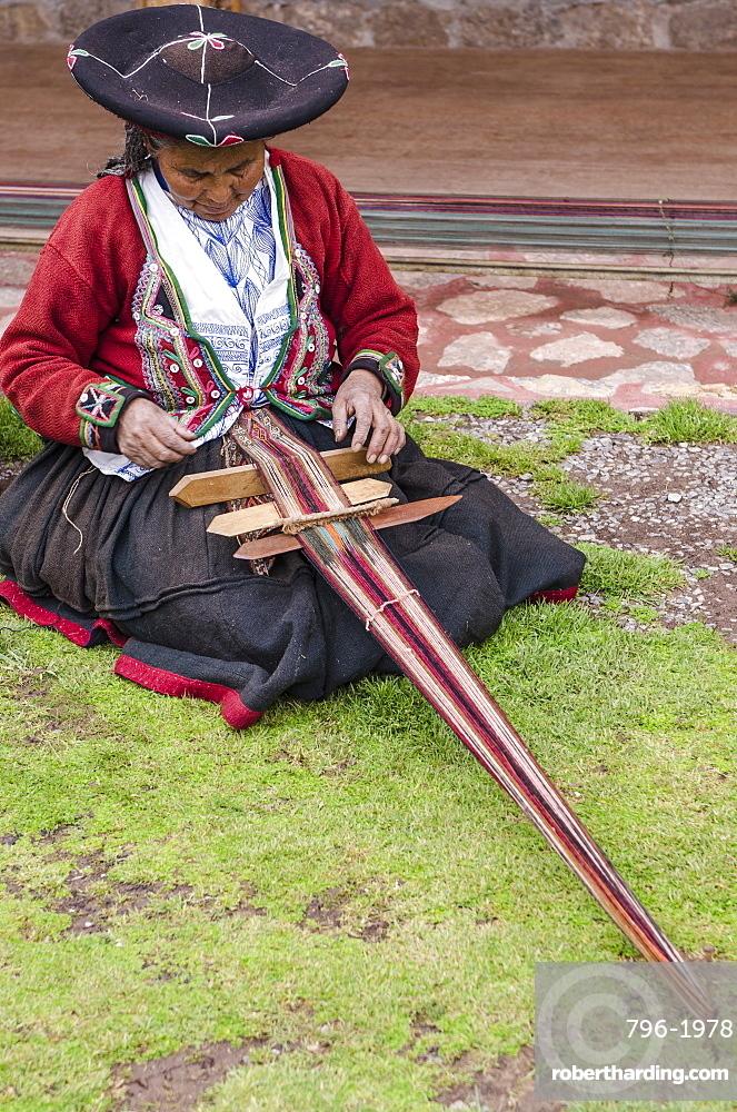 Inca woman using backstrap loom, Chinchero, Peru, South America