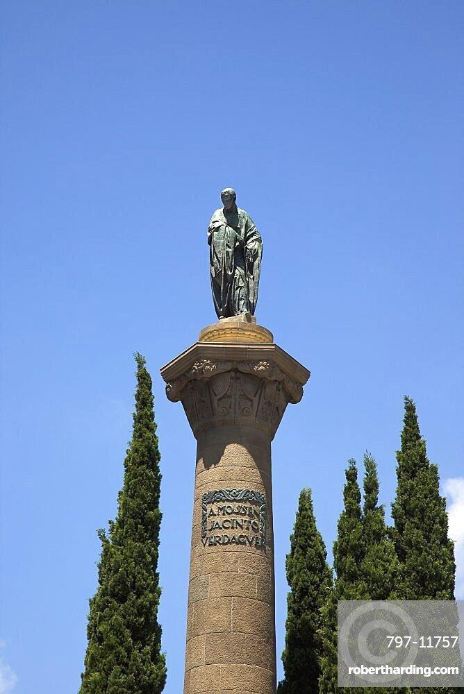 Spain, Catalonia, Barcelona, Placa de Mossen Jacint Verdaguer monument on the intersection of Passeig Sant Joan and Avinguda Diagonal.