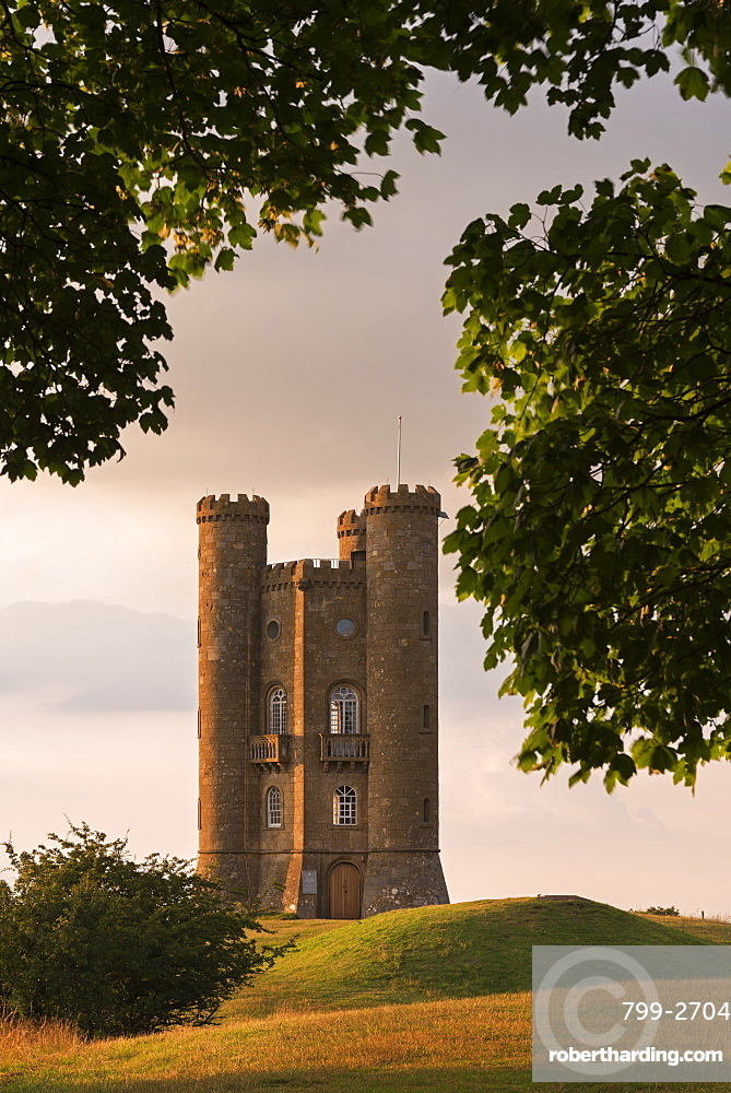 Broadway Tower, one of the Cotswolds most recognisable buildings, Worcestershire, England, United Kingdom, Europe