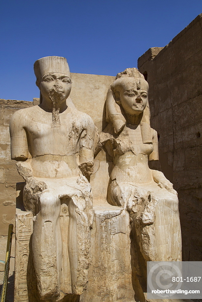 Only known statue of King Tutankhamun on left and wife Queen Ankesenamun, Luxor Temple, Luxor, Thebes, UNESCO World Heritage Site, Egypt, North Africa, Africa