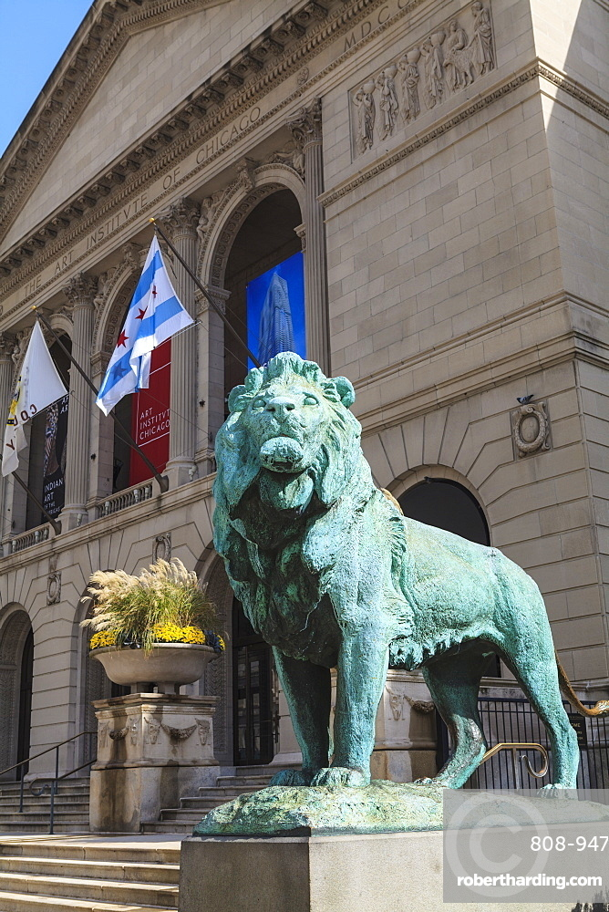 One of two bronze lion statues outside the Art Institute of Chicago, Chicago, Illinois, United States of America, North America