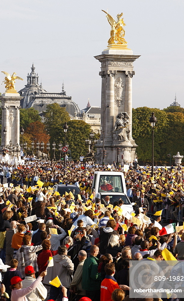 Crowd cheering the Pope during Holy Mass during Pope Benedict XVI 's visit to France, Paris, France, Europe
