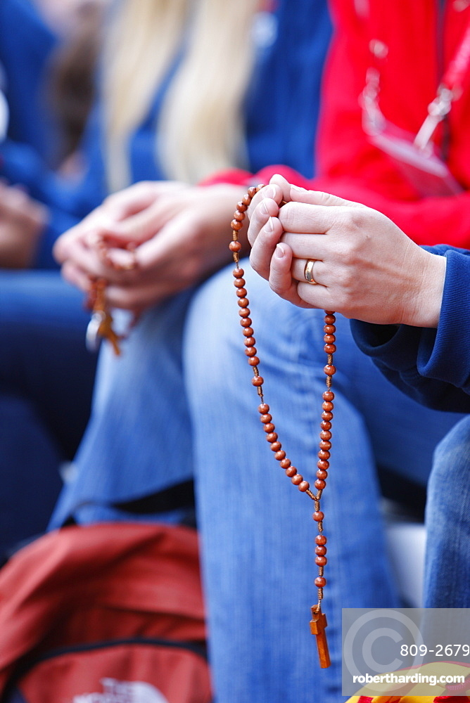 Prayer of the holy rosary, World Youth Day, Sydney, New South Wales, Australia, Pacific