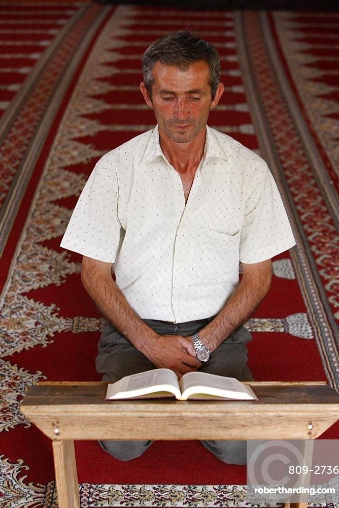 Koran reading, Elbassan, Albania, Europe